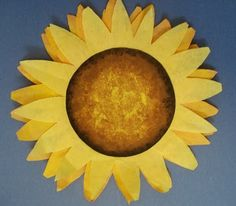 simple sunflower lesson..using coffee filters for petals. Good beginning of the year activity.