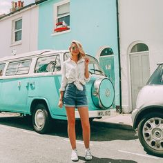 Hope you're all enjoying your weekend whether that means doing nothing or doing everything! I am SO excited for next week as… Zoella Outfits, Cute Outfits, Pretty Outfits, Spring Summer Fashion, Spring Outfits, Sugg Life, Ibiza Outfits, Bus Girl, Zoe Sugg