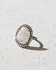 *love* Robindira Unsworth Moonstone Ring