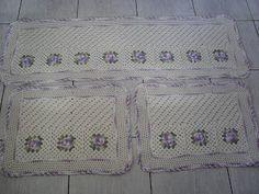 Crochê Fascínio: Jogo de tapetes flor para cozinha...