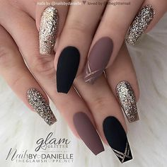 ideas of matte black coffin nails, matte black nails; - ideas of matte black coffin nails, matte black nails; Black Coffin Nails, Matte Black Nails, Stiletto Nails, Gradient Nails, Holographic Nails, Black Polish, Matte Gold, Black Nails With Gold, Acrylic Nails Coffin Matte