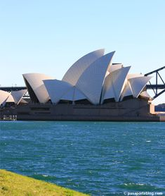 Sidney Opera, Sidney Australia, Jorn Utzon, Cheap Hotels, Australia Travel, Travel Pictures, Modern Architecture, Sydney, The Past