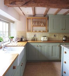Farmhouse Kitchen Designs To Get Inspired | ComfyDwelling.com
