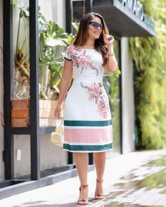 Dressy Dresses, Elegant Dresses, Cute Dresses, Dress Outfits, Fashion Outfits, Frock Design, Elegant Outfit, Classy Dress, African Fashion Dresses