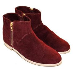 Vegan ankle boots in burgundy | HELPSY - Organic Clothing, Fairtrade Clothing, Natural Beauty Products & Ecofriendly Homegoods