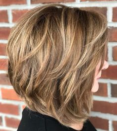 60 Layered Bob Styles: Modern Haircuts with Layers for Any Occasion Honey Brown Bob with Medium Textured Layers Bobs For Thin Hair, Short Hairstyles For Thick Hair, Medium Bob Hairstyles, Haircut For Thick Hair, Short Hair Cuts, Long Hair, Female Hairstyles, Long Curly, Pretty Hairstyles