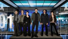 Almost Human - another interesting Fall 2013 premiere. Still of Lili Taylor, Mackenzie Crook, Michael Irby, Karl Urban, Michael Ealy and Minka Kelly in Almost Human Humans Season 2, Lili Taylor, Karl Urban Movies, Netflix, Tv Series 2013, Human Pictures, Fall Tv, Michael Ealy, Sci Fi Shows