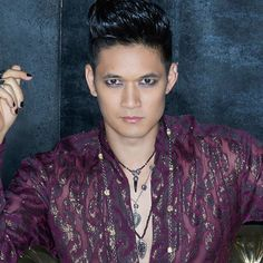 Think you know Magnus Bane? You might be surprised. Full scoop right here!