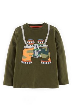 Free shipping and returns on Mini Boden 'Explorer' Appliqué T-Shirt (Toddler Boys, Little Boys & Big Boys) at Nordstrom.com. Playful, raw-edge appliqués jazz up a soft crewneck T-shirt cut from pure, durable cotton jersey.