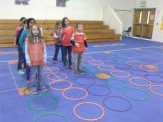 This PE version of the connect four game is based off the popular connect four game, with some physical activity mixed in. The students are the game pieces. Elementary Physical Education, Elementary Pe, Health And Physical Education, Gym Games For Kids, Pe Games, Exercise For Kids, Pe Activities, Physical Activities, Life Size Games