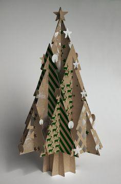 décoration Noël fabriquer sapin carton recyclé 3D