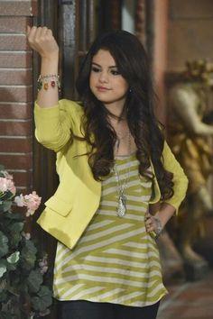 Photo of Selena Gomez Wizards Of Waverly Alex Vs.Alex Stills for fans of Selena Gomez 33698213 Selena Gomez Outfits, Estilo Selena Gomez, Selena Gomez Fotos, Hannah Montana, Icarly, Series Da Disney, Estilo Vanessa Hudgens, Princess Protection Program, Alex Russo
