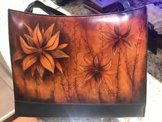 Tote Handbags, Leather Handbags, Crossbody Tote, Tote Bag, Painting Leather, Shopper Bag, Leather Design, Evening Bags, Fashion Bags