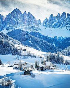 ❄️️ #Valdifunes - #trentinoaltoadige ❄️️ Photo by: @rashid.ramdan ___ #trentino #altoadige #igerstrentino #ig_italia #vscoitaly #italia365 #vscobrasil #neve #snow #europe #places_wow #ig_italy #italian_places #italiansdoitbetter #traveladdict #loves_europe #travelphotography #cityview #loves_landscape #ig_europe #europa #postcardsfromtheworld #wu_europe #europe_gallery #instaitalia #gf_italy #italian #igworldclub