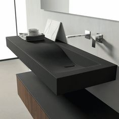 XFLY 10 XFLY 15 BMT's tailoring skills are expressed in this project, characterized by the exquisite finishes and the finely carved washbasin. Bathroom Sink Design, Bathroom Design Luxury, Bathroom Basin, Small Bathroom, Bathrooms, Bad Inspiration, Interior Design Inspiration, Bathroom Inspiration, Home Interior Design