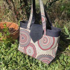 """Manuelafait ! sur Instagram: Besoin d'un grand sac pour transporter les dossiers 😉 aussitôt dit aussitôt fait 😀le modèle """"Madison"""" de chez Sacôtin est parfait pour…"""