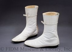 d5f25ba98fe 60s Boots Vintage MOD White Groovy GoGo Ankle by voguevintage