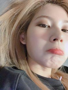 Kpop Girl Groups, Korean Girl Groups, Kpop Girls, Nayeon, My Girl, Cool Girl, Sana Momo, Sana Minatozaki, She's A Lady