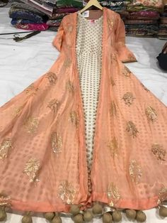 #pintrest@Dixna deol Indian Gowns, Indian Attire, Indian Wear, Lehenga Designs, Kurta Designs, Blouse Designs, Long Jacket Dresses, Nice Dresses, Long Dresses