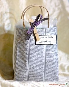 diy gift bags - love the clothes pin- they have holiday ones at Michaels!