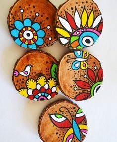Best 12 6 x hand painted bamboo coasters with stand – Ski… Beste 12 6 x handbemalte Bambusuntersetzer mit. Painted Bamboo, Painted Rocks, Home Crafts, Diy And Crafts, Arts And Crafts, Decor Crafts, Stone Painting, Painting On Wood, Wal Art