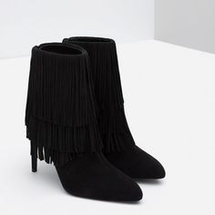 Image 5 of FRINGED LEATHER ANKLE BOOTS from Zara