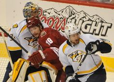 Shane Doan getting right into the goal during the final game of the 2nd round as they defeated Nashville.