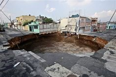 chicago sinkhole | believed to be responsible for the creation of several large sinkholes ...
