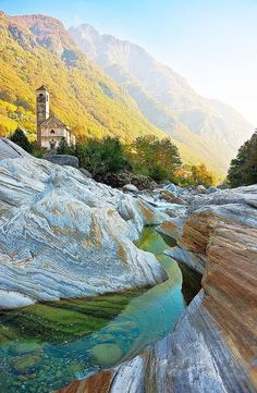 Lavertezzo, Ticino - Switzerland  Suiça  For Information Access our Site  http://storelatina.com/switzerland/travelling  #viajarsuiça #tourism #recetas #receitas