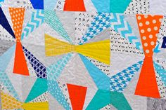 Lindsay Sews: Baby Jacks Quilt from 'Paper Pieced Modern'