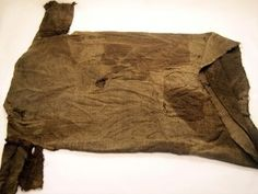 Garment dating back 1,700 years was found beneath melting ice on Norwegian glacier; weave is of a type believed popular in the period