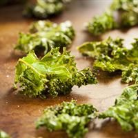 Kale Chips with Apple Cider Vinegar