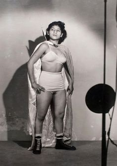 1960 Mexico :: Irma González  In the story of Niño as in real life, many of the most amazing luchadores are women