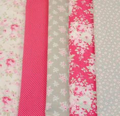 Tilda Sweet Sixteenth Bundle - WARM RED & GREY - Pack of 5 Fabric Pieces