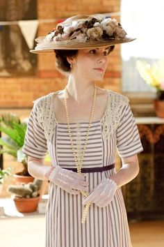 Downton Abbey- Mary's Flower fest dress- could I pull off stripes well if they're arranged like this?