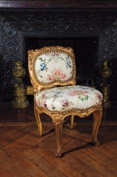 La Gazette Drouot - L'hebdo des ventes aux enchères chaise dEpoque Louis XV attribue a Jean Baptiste Tillard 1744
