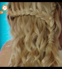 Mako mermaids.. love the hairstyle idea