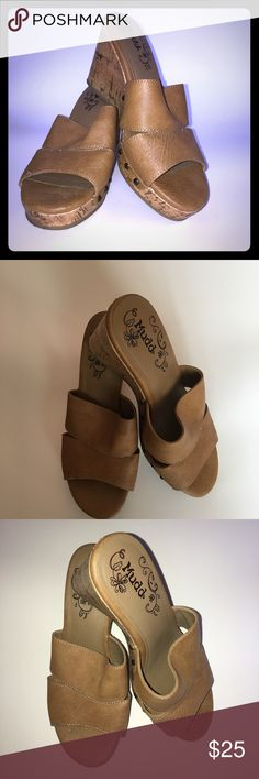 Mudd wedge heals like new!! Mudd wedge sandal size 7.5 tan great condition Mudd Shoes Wedges