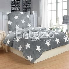 Povlečení HVĚZDY ŠEDÉ mikroflanel, 140x200cm + 70x90cm | TextilCentrum.cz Comforters, Grey, Furniture, Bed, Home, White, Home Decor