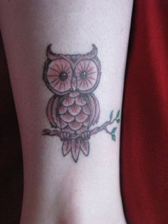 Wish I would have done this on my ankle instead of the parrott...wonder if I can have the parrott turned into any  owl, hmmmmm?!?!?!?