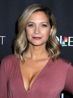 229 Best Vanessa Ray Images In 2020 Vanessa Ray Blue Bloods