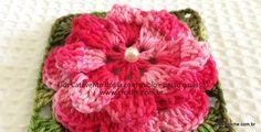 Flor catavento dupla com miolo   Croche.com.br