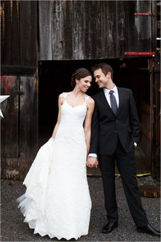 wedding planning advice | wedding venue tips | barn wedding ideas | wedding photography | #weddingchicks