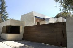 House in Madrid / A-cero