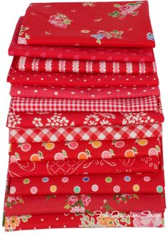 Crush Fat Quarter Bundle of Pam Kitty Love red fabric.
