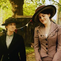 Downton Abbey. Phenomenal. If not for the women having zero right-to-anything, I'd be happy to live in this era. Get me to a garden party, stat.