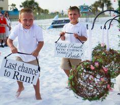 www.weddbook.com everything about wedding ♥ Beach wedding sign #weddbook #wedding #cute #photo