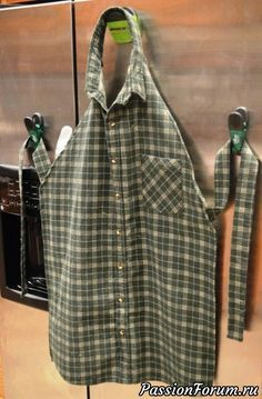 Diy Sewing Projects Create an Awesome Apron from a repurposed men's shirt! - You can make and apron from an old men's shirt. This men's shirt apron makes for one of the cutest upcycles that we've ever seen. Sewing Hacks, Sewing Tutorials, Sewing Crafts, Sewing Tips, Sewing Ideas, Upcycled Crafts, Diy Crafts, Sewing Lessons, Upcycled Clothing
