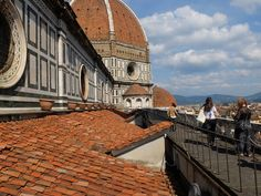 climbing the duomo terraces in Florence | via @girlinflorence