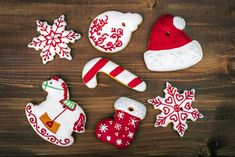 Saving you money on kitchen cabinets Christmas Crafts For Kids, Christmas Diy, Xmas, Holiday Ornaments, Holiday Decor, Worksheets For Kids, Gingerbread, Felt Projects, Diy Decoration